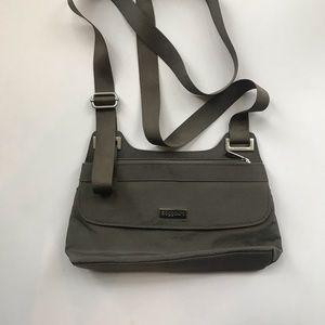 Baggallini Travel crossbody bag/purse excellent